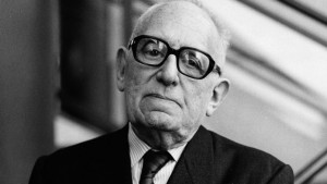 Maurice Schuman (1911-1998) homme politique et historien français, ici en 1995